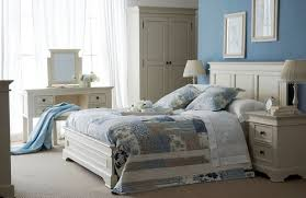 elegant white bedroom furniture. banbury-white-bedroom elegant white bedroom furniture