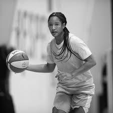 WNBA: Mystics sign Stella Johnson - Bullets Forever