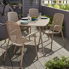 garden table and chairs decorifusta