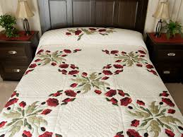 Poppy Fields Quilt -- terrific smartly made Amish Quilts from ... & Red and Green Poppy Fields Quilt Photo 1 ... Adamdwight.com