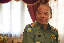 Tak ingin politik dinasti, masyarakat Kalbar pilih Milton Crosby -  LensaIndonesia.com