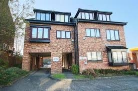 Flat For Sale In Pinner Road, North Harrow, Harrow