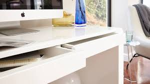 image of gloss white desk