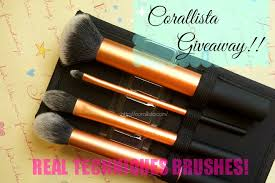 real techniques brush kit giveaway