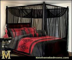 Great Gothic Style Bedroom Decorating Ideas   Gothic Furniture   Gothic Chic    Victorian Gothic Boudoir Themed
