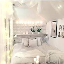 White Themed Bedroom Black And White Themed Bedroom Black And White ...