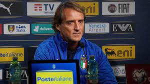 Roberto Mancini e il pronostico sulla Serie A: