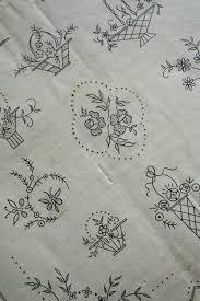 刺繍図案 フランスアンティークレース 銀色アンティーク