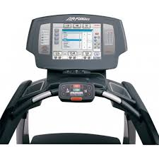 monitor your heart rate closely while working out keeping your workout in cadence with your life fitness 95t