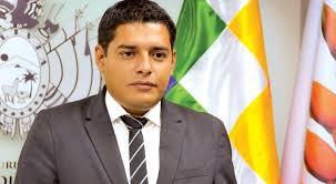 """Nuevos jueces deben sujetarse a exámenes psicológico y oral"""" - El País -  Opinión Bolivia"""