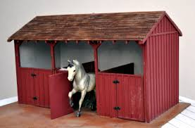 deluxe wood barn with cupola by breyer com dp b000muyxmy ref cm sw r pi dp cfa rb1dfgvsw model horse barns horse barns