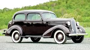 Chevrolet Standard 2 door Town Sedan FC '11 1935–36 - YouTube