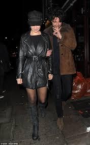 Alex Zane wraps his arm around female in late night stroll | Daily ...