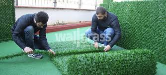 how to install grass fence panels