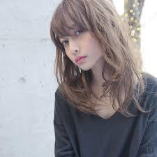 2018年流行りの髪型トレンドに敏感な女性のためのヘア特集 Arine
