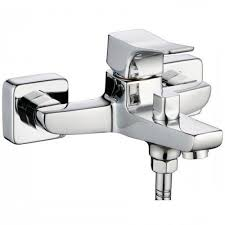<b>Смеситель для ванны Clever</b> короткий излив по цене от 5650 ...
