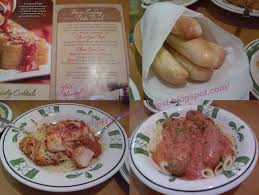 of olive garden s signature breadsticks you can top your pasta with meat of your choice meatball en or italian sausage for just 2 95 extra