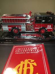 Code 3 Fire Lights Code 3 Diamond Plate 1 32 Chicago Engine 59 Mib Missing 4 Small Pieces