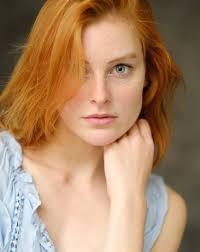 Redhead Beauty Hair And Beauty Zrzavé Vlasy červená A