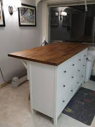kitchen island with seating for 3 to 4