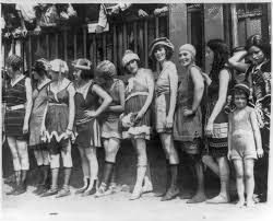 file women and a little girl lined up for bathing beauty  file 11 women and a little girl lined up for bathing beauty contest png