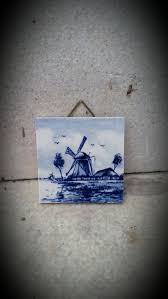 delft blauw hand painted made in holland 2 x 2 tile with hanger