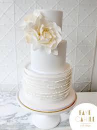 The Great Icing Debate Marzipan V Fondant Faye Cahill Cake Design