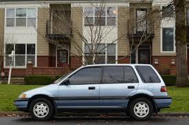 OLD PARKED CARS.: 1990 Honda Civic Wagon.