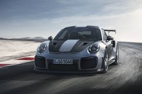 2018 porsche carrera. simple carrera 2018 porsche 911 gt2 rs front three quarter view for porsche carrera r