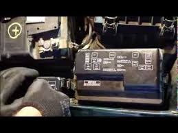 how to replace fuses and fix headlight fuse error toyota corolla Fuse Box 2005 Toyota Corolla how to replace fuses and fix headlight fuse error toyota corolla years 1995 to 2007 youtube fuse box 2004 toyota corolla