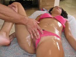Photos de dot porno XXX The dirty masseur strikes again