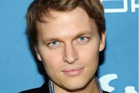 Ronan Farrow Possibly Sinatra And The End Of The Nebbish