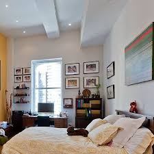 apartment cozy bedroom design: comfy and beautiful bedroom design in cozy apartment design in new york city with fresh and
