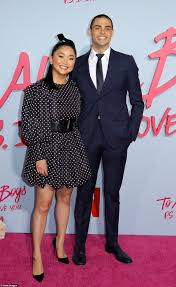 Has noah centineo split from his model girlfriend alexis ren? Lana Condor Is Joined By Noah Centineo To Lead Stars At Their Premiere Of To All The Boys Daily Mail Online