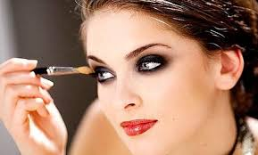 want to have bigger looking eyes try this makeup see pics
