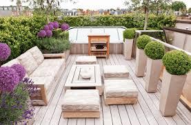 landscaped urban deck seating