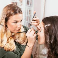 makeup artist and makeup cles information and faq