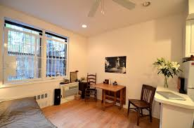 ... Modern Apartments In New York City : Small Apartment Living Room Design  With Manhattan Design ...