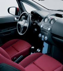 Mitsubishi Colt 3 door Hatchback 2005 - 2009 reviews, technical ...