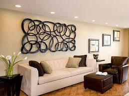 easy tips to decorate a large wall