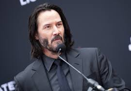 Keanu Reeves Sinks Hands Feet At Hollywoods Chinese