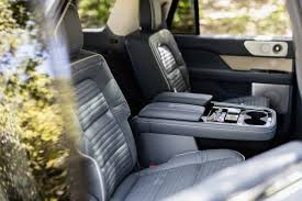 2018 lincoln seats. simple 2018 2018 lincoln navigator black label  middle row seats to lincoln o