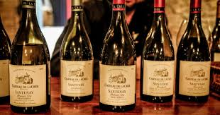 Light Burgundy Wine A Basic Guide To Burgundy Wine By Leah The Greatest