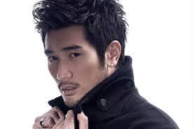 Les cheveux asiatiques est extraordinairement divers dans la façon dont il peut couper et de style. Les 20 Meilleures Coupe De Cheveux Homme Asiatique Et Coiffure