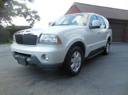 2004 Lincoln Aviator – Specialty Cars Limited