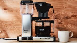 This coffee machine by barsetto can brew up to ten cups of coffee at a time and includes three strength control settings as well as eight coffee grind control grades, allowing you to customize your pot of coffee just the way you like. Best Drip Coffee Makers Of 2020 Reviewed Oxo Ninja And More Epicurious