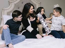 She frequently incorporates product and brand. Teen Mom S Kailyn Lowry Is Pregnant With Baby No 4 E Online Ca
