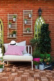 25 incredible diy garden fence wall art ideas for garden wall decor ideas  brick wall white