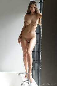 Nude Girls In Erotic Pictures Simplenu