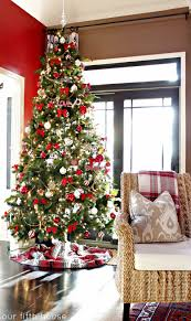 red, white and gold christmas tree
